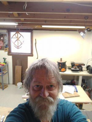 Dirk in workshop